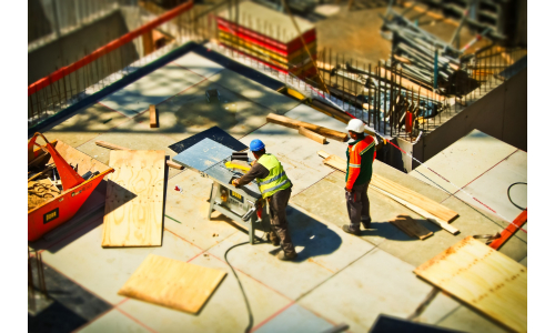 How to Progress Into Management In The Construction Sector