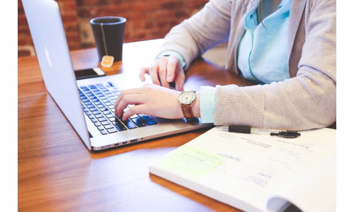 What are Distance Learning Courses?
